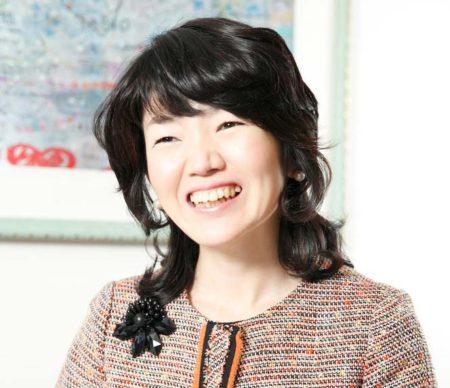 女性経営コンサルタント 辻 朋子(つじ ともこ)